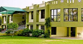 Hotel Kadamb Kunj